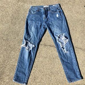 Slim boyfriend Distressed Bullhead denim jeans